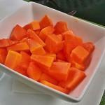 Papaya fresca de la finca ecológica de Tasca Sansofé